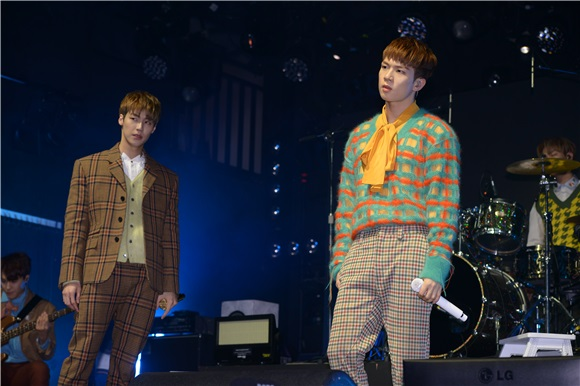 男团N.Flying举办《N.Flying》Showcase